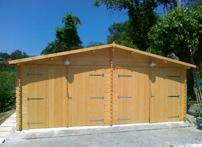 Garage in legno-box auto