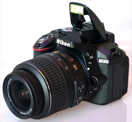 NIKON  D5300 + 18/140 VR