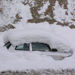 Macerata - auto sotto la neve