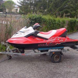 Moto d'acqua modello Sea doo RXT 215