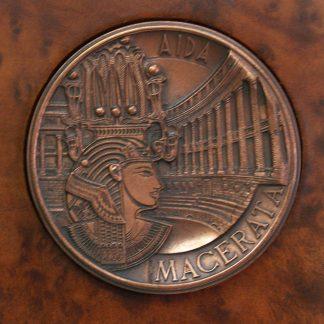 Trubbiani, medaglia realizzata in occasione della lirica Macerata